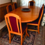 Solid oak 10 seater extension table